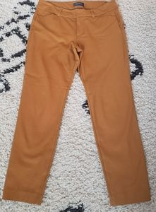 Old Navy Mustard Yellow Ankle Length Pixie Pants 8